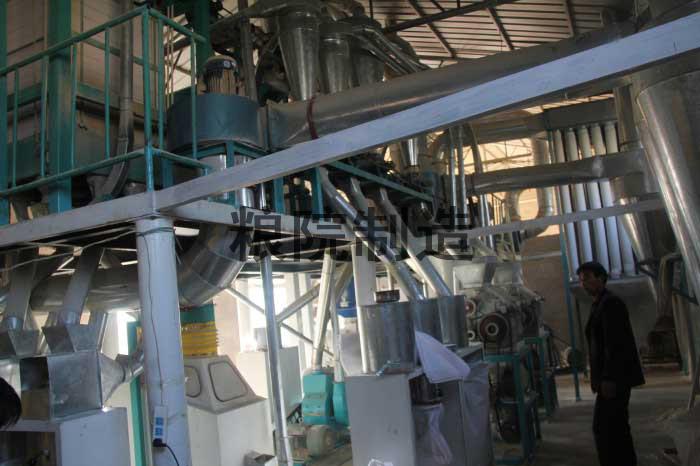 30吨玉米加工设备一角(1)